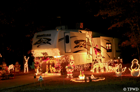 Holiday lights - Park Pick: Holiday Lights In East Texas|December 2012TPW Magazine